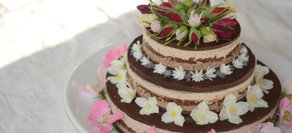 Triplelayerflowercake