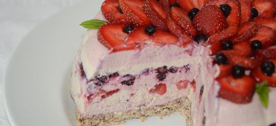 strawberryvanillablueberrycheesecakeopen