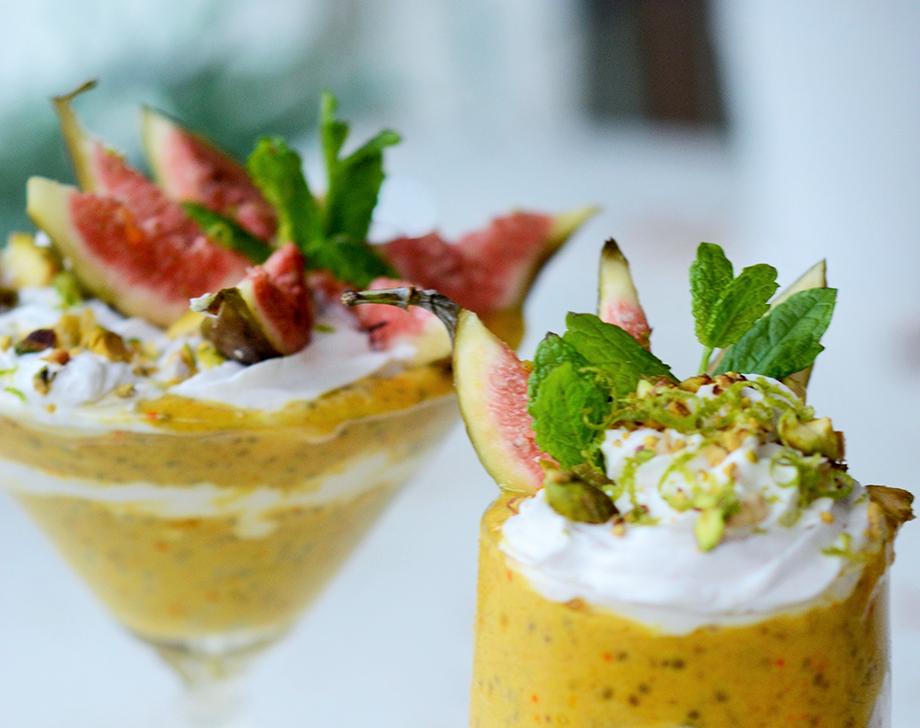 Chiashake med saffran, vaniljgrädde och limezest kopia featured image